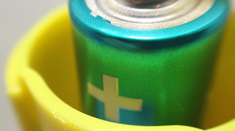 Battery Changer - Yellow Battery Macro