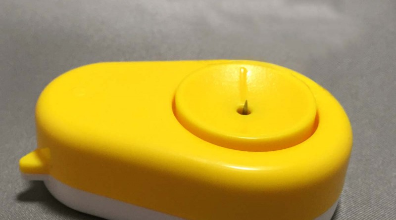 Egg Hole Puncher - Dial On