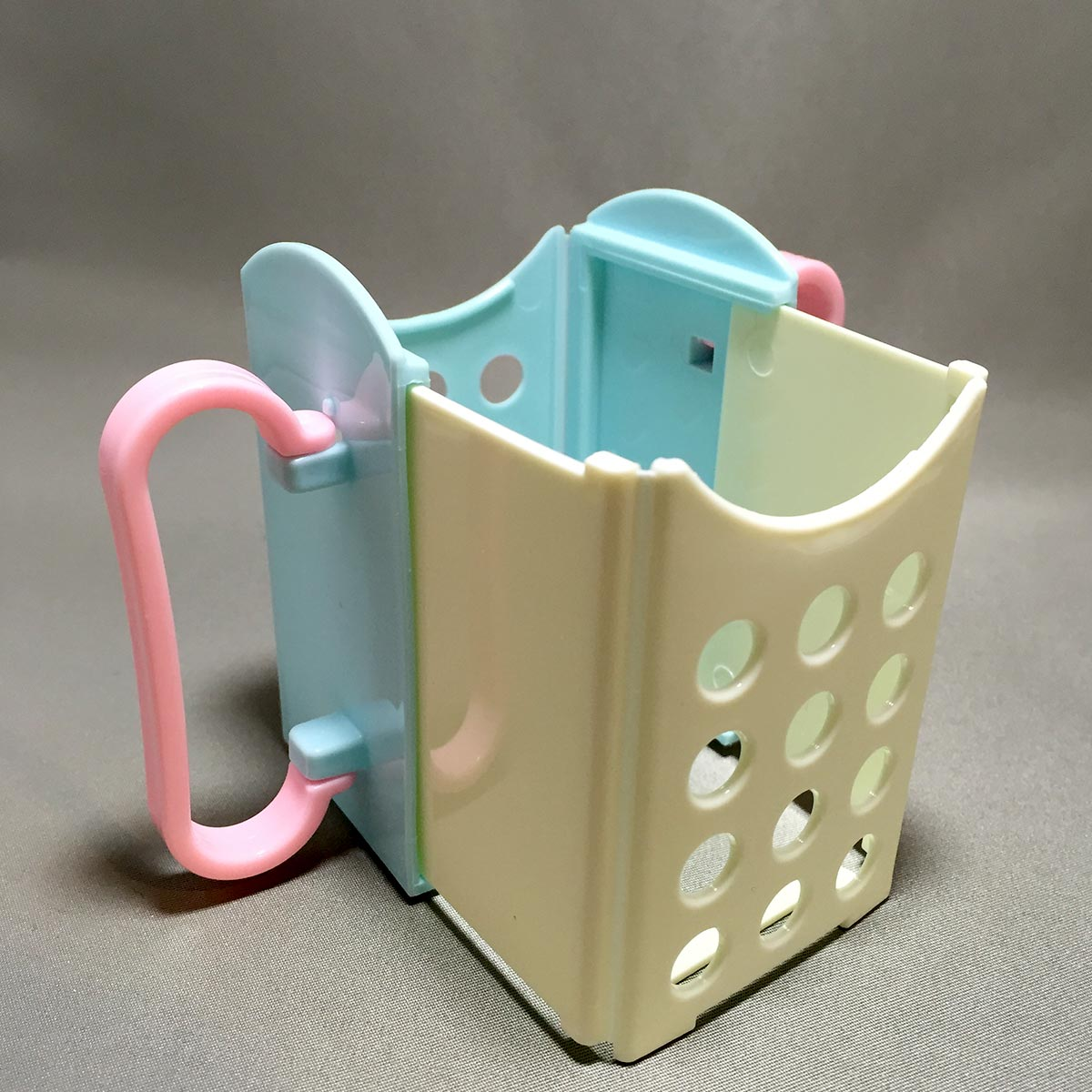 Folding Drink Box Holder - Opened and expanded