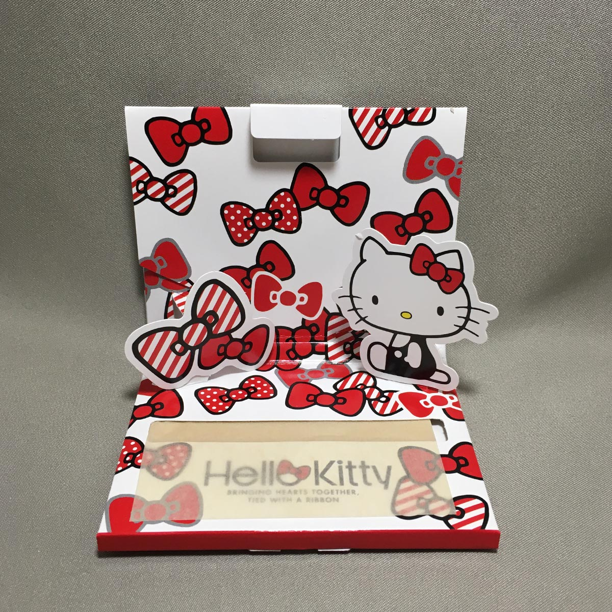Hello Kitty Oil Blotting Paper - Opened view