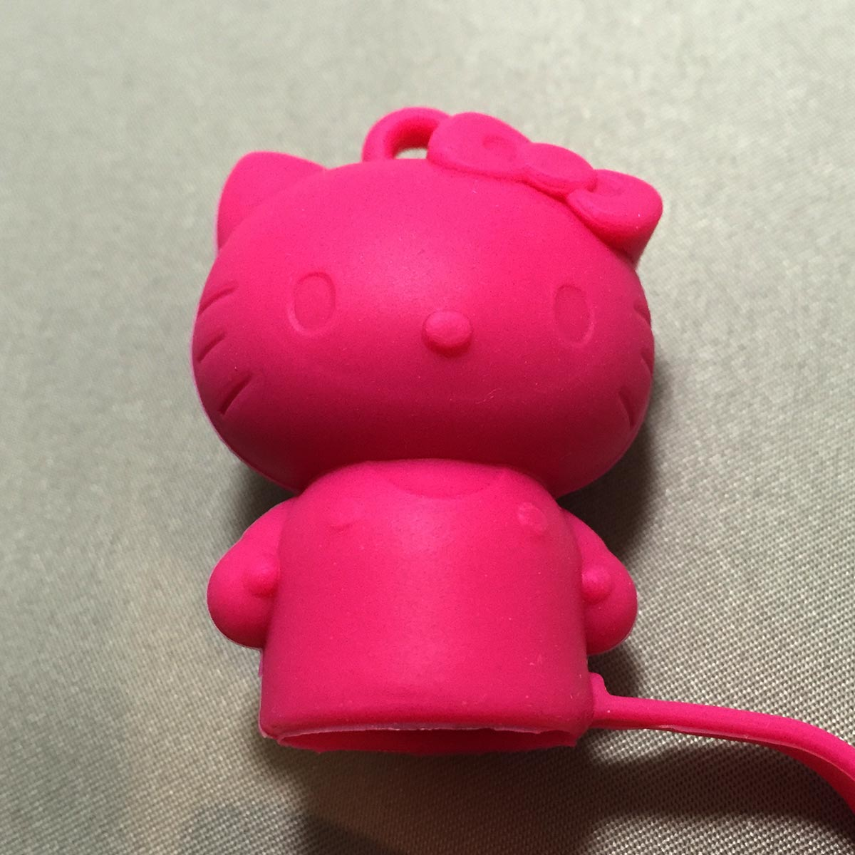 Hello Kitty Stamp Cap - Hello Kitty close up